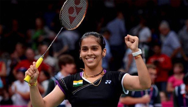 Saina Nehwal's injury gives fans a scare
