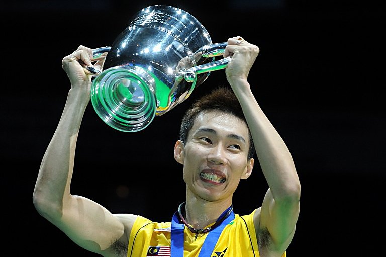 Lee Chong Wei holds the trophy