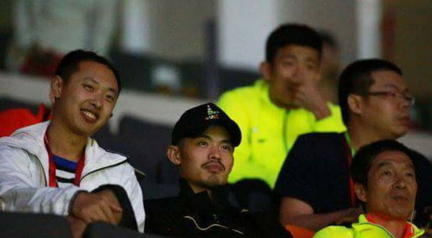 Lin Dan and Chen Long are waiting for Lee Chong Wei at the 2015 Sudirman Cup