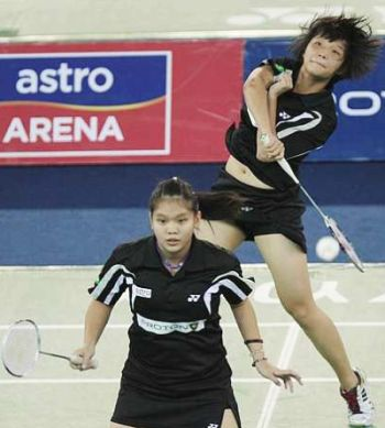 Good appetite: Chaw Mei Kuan and Lee Meng Yean (foreground) won the KL Open last month.