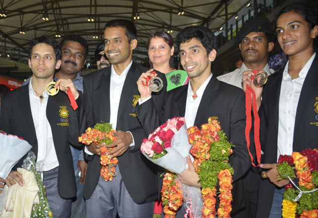 Royal welcome for Kashyap, Sindhu, Guru