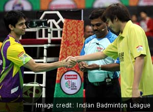 S Tanongsak of Hyderabad Hotshots takes first game against Parupalli Kashyap of Banga Beats 21-20