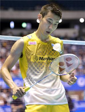 Lee Chong Wei advances after a little wobble in first round at Denmark Open Premier Super Series