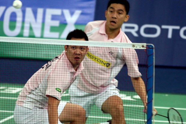 Koo Kean Keat-Tan Boon Heong advance to the quarter-finals of the French Open after defeated Germany's Michael Fuchs-Johannes Schoettler of Germany 21-19, 21-19 in the second round yesterday.