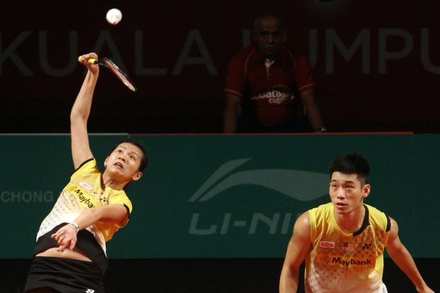 Malaysia's top mixed pair Chan Peng Soon-Goh Liu Ying will not play in the SEA Games, but instead concentrate on qualifying for next month's Super Series Finals