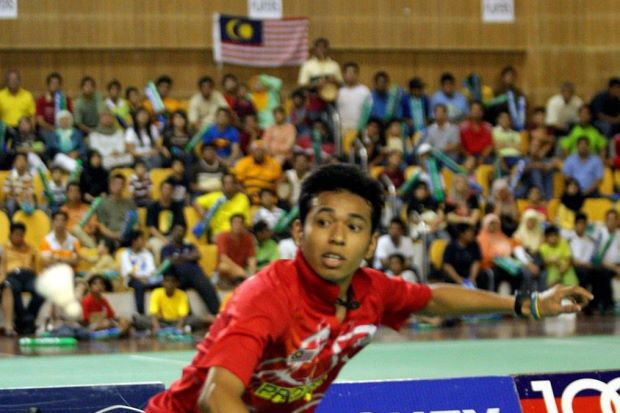 Malaysia's Iskandar Zulkarnian returns a shot to Tian Houwei of China in the Asian Youth Championships in 2011. He meets Houwei again for a place in the semi-finals at the Korean Open GP Gold on Friday.