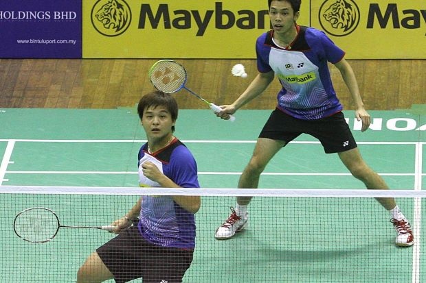 New doubles pair Chooi Kah Ming (right) and Teo Ee Yi are poised to capture their first title together when they take on Selvanus Geh-Alfian Eko Prasetya of Indonesia in the final of the Malaysian International Challenge on Sunday.