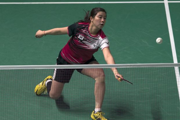 Bae Yeon-ju in action against 16-year-old Akane Yamaguchi of Japan in the Maybank Malaysian Open quarter-finals. Yeon-ju won 21-15, 21-16.