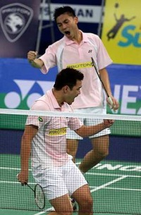 Koo Kien Keat-Tan Boon Heong celebrating after beating China's Chai Biao-Zhang Nan