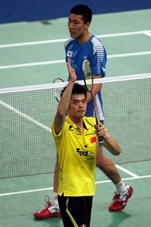 True grit: China's Lin Dan acknowledging the cheers from the crowd after beating South Korea's Park Sung-hwan 21-16, 21-15 in the first singles yesterday. China went on to win 3-0 to reach the semi-finals