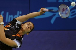 Saina Nehwal of India plays against Susan Egelstaff of Scotland in the women's singles semifinal badminton match of the XIX Commonwealth Games at the Siri Fort sports Complex in New Delhi on October 12, 2010.