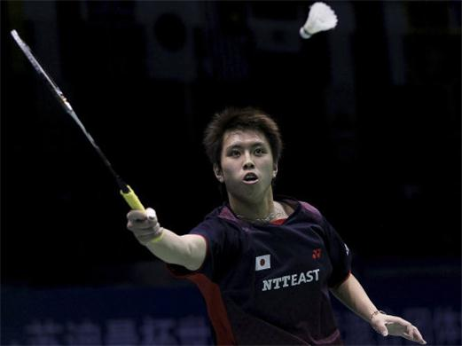 Kenichi Tago stuns Taufik Hidayat to finds a perfect start in Group B of BWF Super Series Finals