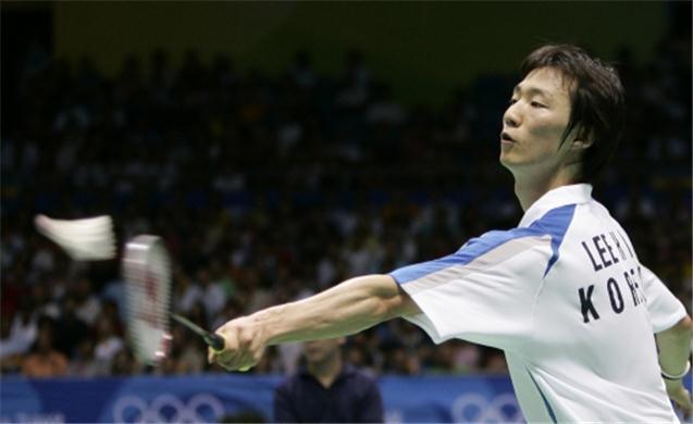 Macau Open Grand Prix: Lee Hyun Il tames Hsueh Yi Hsuan in the Men's Singles round-of-16