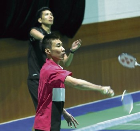 National singles chief coach Rashid Sidek believes Lee Chong Wei (front) can deliver but has urged Hafiz Hashim to improve on his fitness to give Malaysia a genuine chance in Wuhan.