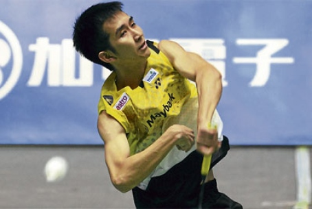 Chong Wei Feng returns a shot to India's Ajay Jayaram in the Japan Open yesterday.
