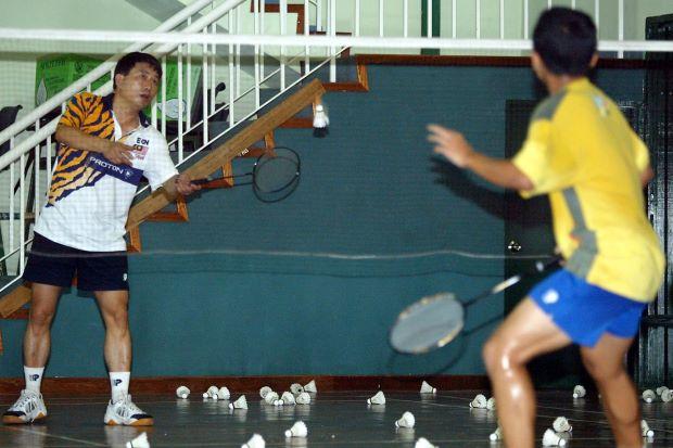 BJSS chief coach Zhou Kejian will now work with Rashid Sidek and Tey Seu Bock to produce more singles winners.