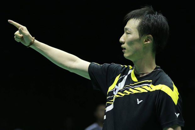 Old is gold. Lee Hyun-il of South Korea shows he's still got it by clinching the Korean Open GP Gold title after beating compatriot Hong Ji-hoon in the men's singles final on Sunday.