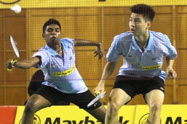 Darren Isaac Devadass-Ong Yew Sin in a file photo. The pair lost to Taiwan's Tien Tzu-chieh-Wang Chi-lin 18-21, 21-15, 19-21 in the boys' doubles quarter-finals.
