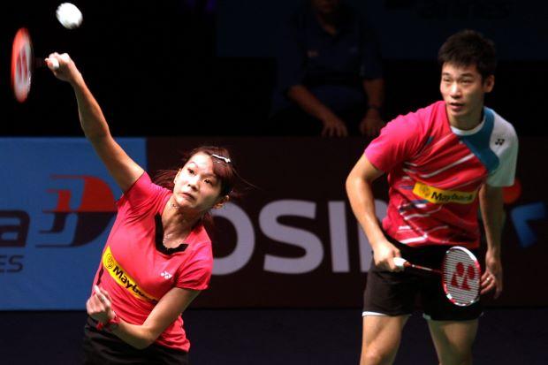 Chan Peng Soon-Goh Liu Ying were whipped by world No. 1 Zhang Nan-Zhao Yunlei 17-21, 12-21 in their Group A match on Dec 12, 2013.