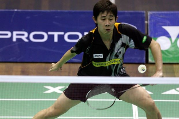 Tan Chun Seang battled for one hour and three minutes to beat 2009 and 2011 SEA Games champion Simon 21-13, 14-21, 21-18 in the semi-finals on Saturday.
