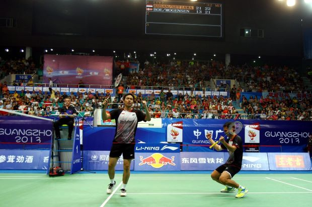 Indonesia's Olympic and world champion doubles ace Hendra Setiawan (left) who has forged a lethal partnership with Mohd Ahsan, now aims to complete his medal collection by capturing the Thomas Cup which his country last won in 2002.