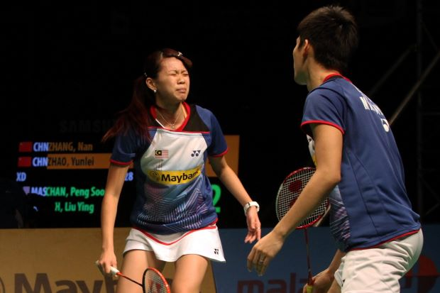 Mixed doubles player Goh Liu Ying (left) will have to go for surgery to fix her troublesome right knee.