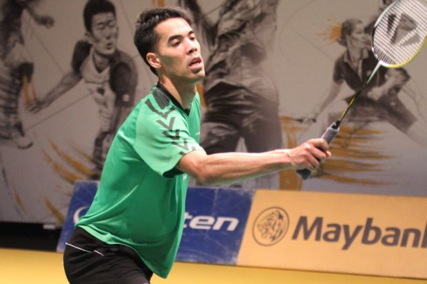 Holland's Eric Pang is coached by China-born Dutch former European single's champion player and wife, Yao Jie.