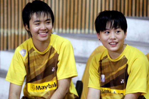 Peck Yen Wei (left) and her partner Goh Yea Ching in a file photo. Yea Ching-Yen Wei lost to Taiwan's Chang Ching-hui-Chang Hsin-tien 15-21, 15-21 in the girls' doubles.