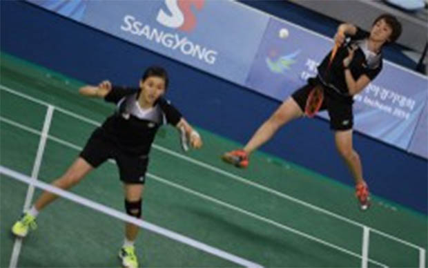 Vivian Hoo and Woon Khe Wei upset Yu Yang - Wang Xiaoli of China