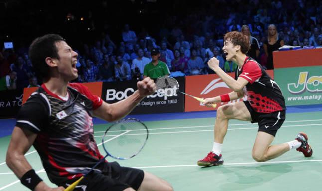 Ko Sung-hyun and Shin Baek-choel stuns Lee Yong-dae and Yoo Yeon-seong in the World Championships final