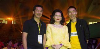 Taufik Hidayat & Lee Chong Wei with Countess Leeswadtrakul at the Badminton Thai Glory to the King event