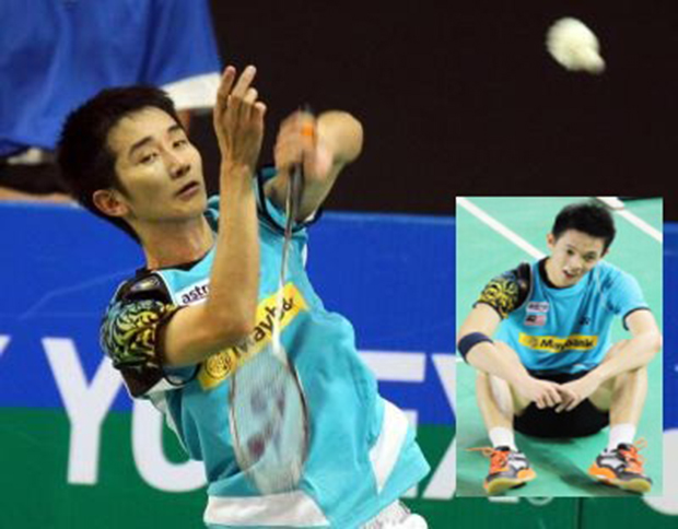 Wish Chong Wei Feng (left) and Daren Liew good luck at the Malaysia Masters