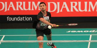 Jaya Raya Jakarta's Tommy Sugiarto in action at the 2015 Djarum Superliga in Bali on Monday. (Photo courtesy of PBSI)