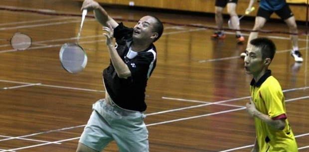 Hendrawan (left) and Lee Chong Wei