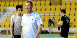 Morten Frost with Daren Liew at the background (photo: Bernama)