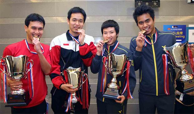 The 2013 World Champions - Mohammad Ahsan/Hendra Setiawan & Tontowi Ahmad/Lilyana Natsir. (photo: PBSI)