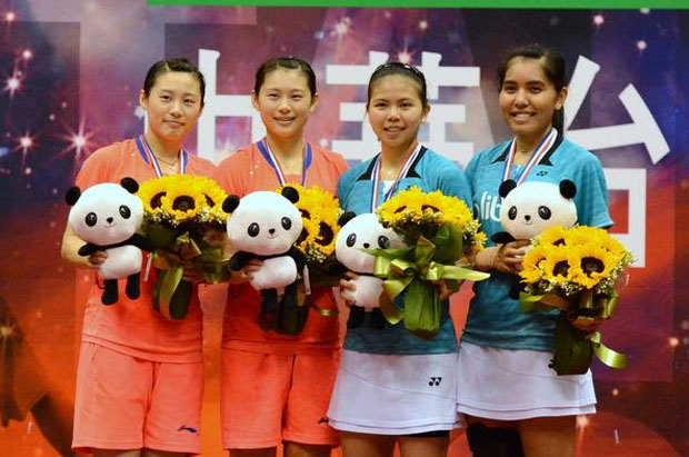 Greysia Polii/Nitya Krishinda Maheswari (blue shirt) overcame Luo Yu/Luo Ying to lift women's doubles title at last week's Chinese Taipei Open.