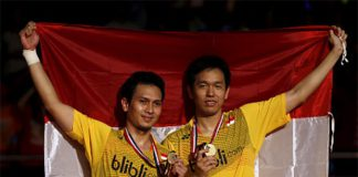 Congratulations to Mohammad Ahsan and Hendra Setiawan. (photo: Reuters/Beawiharta)