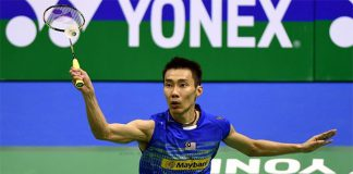 Lee Chong Wei defeats Ng Ka Long in Hong Kong Open semi-finals. (photo: Xinhua)