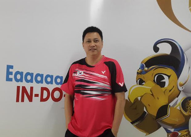 Indra Wijaya faces the challenging task of getting the struggling Malaysia badminton back to its glory days.