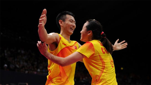 Zhang Nan (left) and Zhao Yunlei are one of the sweetest couple in Badminton.