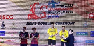 Mohammad Ahsan/Hendra Setiawan at the trophy presentation with Kim Gi-Jung/Kim Sa-Rang. (photo: Jane Piyatat)