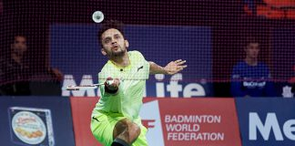 Parupalli Kashyap and his team are awaiting the doctor's final call before deciding on his knee surgery. (photo: AFP)