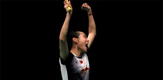 Wang Yihan celebrates after a huge win against Carolina Marin in the semi-final of 2016 Indonesia Open. (photo: Getty)