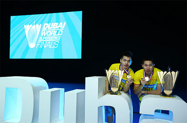 Goh V Shem/Tan Wee Kiong celebrate their men's doubles victory at the 2016 World Superseries Finals in Dubai. (photo: AFP)
