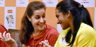 Carolina Marin proves P.V Sindhu's nemesis again in the 2017 PBL.