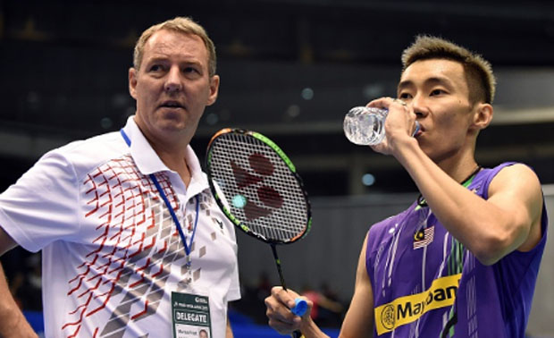 Badminton fans around the world support Lee Chong Wei all the way! (photo: AP)
