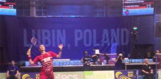 Denmark's Viktor Axelsen plays Henri Hurskainen of Sweden in 2017 European mixed team championships.
