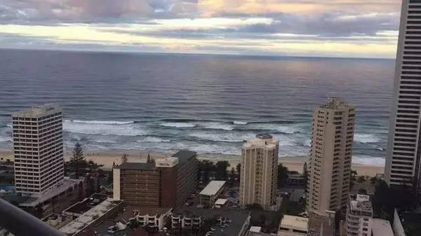 Lin Dan + Amazing beautiful view of the ocean.