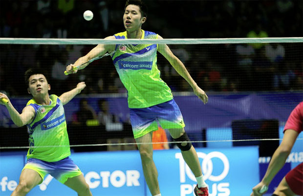 Goh V Shem/Tan Wee Kiong need to find ways to get out of the performance slump. (photo: AFP)